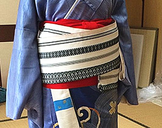 求购条纹提花布,要求质地厚实,做和服腰带用的.条纹参考图片,要丈青和白色的条纹布