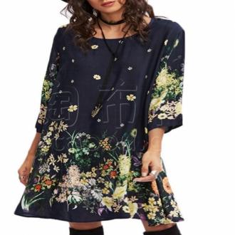 1.女装面料,小批量多批次,寻求长期稳定合作的供应商;2.面料是45支人棉,藏蓝底花草。